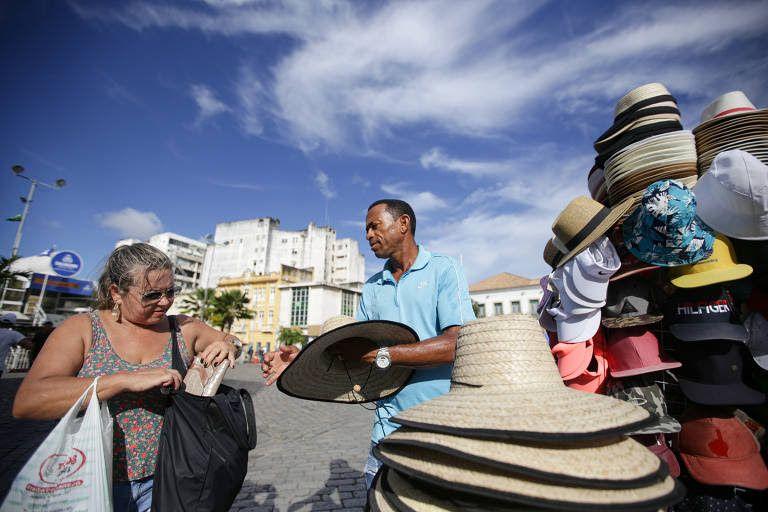 O objetivo da medida amenizar o impacto econmico provocado pela crise do coronavrus